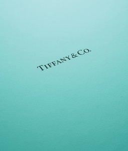 printingnews-B0048-05 paperbox好文分享-PANTONE如何為品牌打上色彩並擁有追隨者
